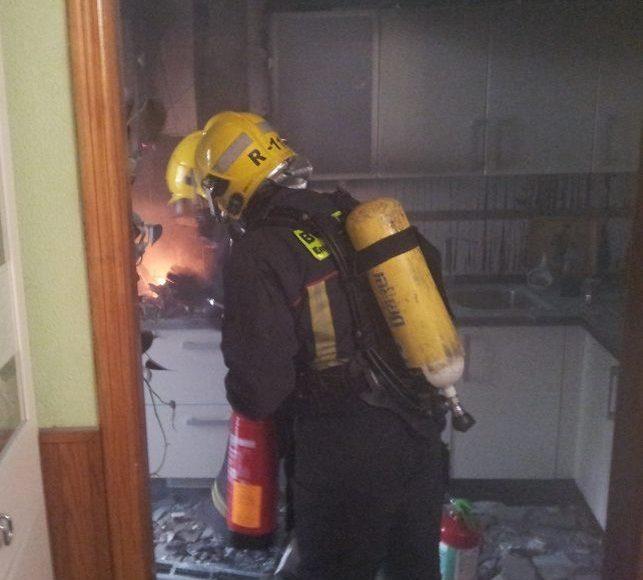 bomberos-sofocan-incendio-vivienda5