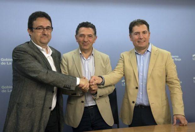 Firma conv formación Gob LR y Colegios Arquitectos y Aparejadores (2)