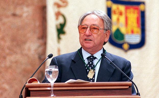 José Bezares