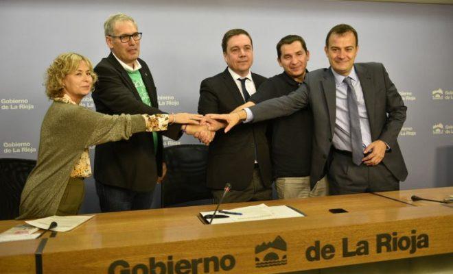 Firma acuerdo Mesa de Educación 4