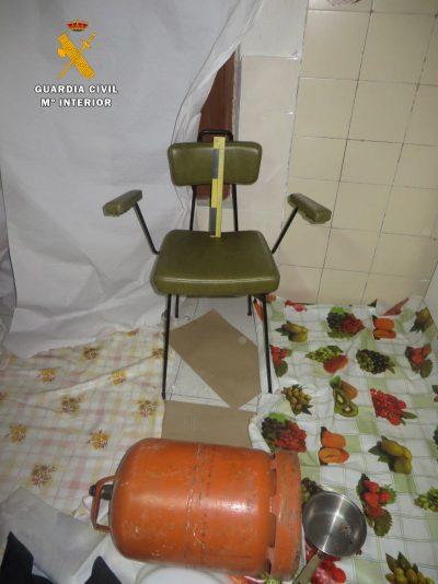 Silla utilizada por el detenido