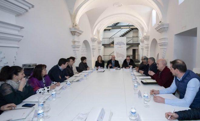 Reunion mesa de alcaldes 01
